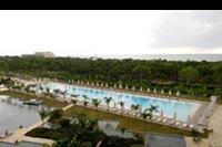 Hotel Regnum Carya Golf & Spa Resort - Basen zewnętrzny hotelu Regnum Carya Golf & SPA Resort