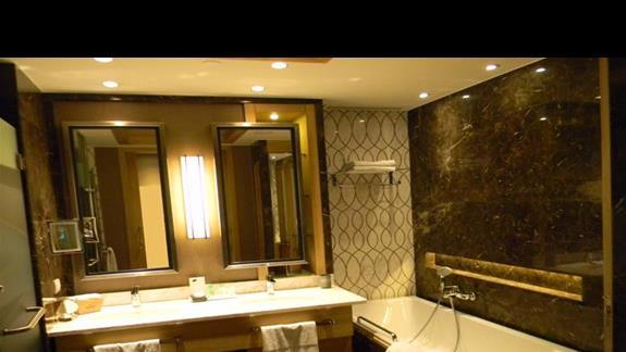 Łazienka w pokoju LUXURY (62m2) hotelu Regnum Carya Golf & SPA Resort