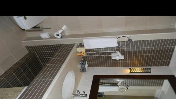 Łazienka w pokóju Standard w hotelu Ela Quality Resort