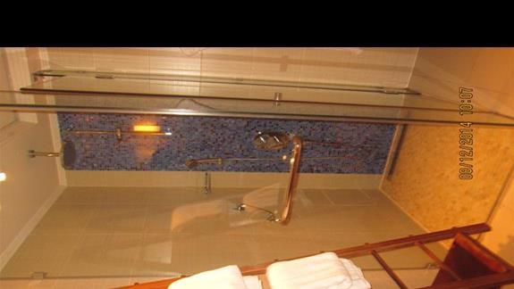 łazienka w pokoju typu suita/ rodzinny