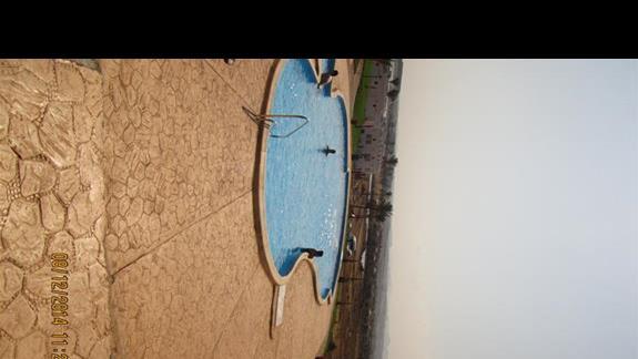 drugi basen - podgrzewany w sezonie zimowym