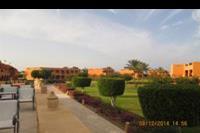 Hotel Jaz Grand Resta - widok na teren hotelu z tarasu