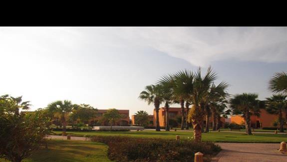 widok na teren hotelu