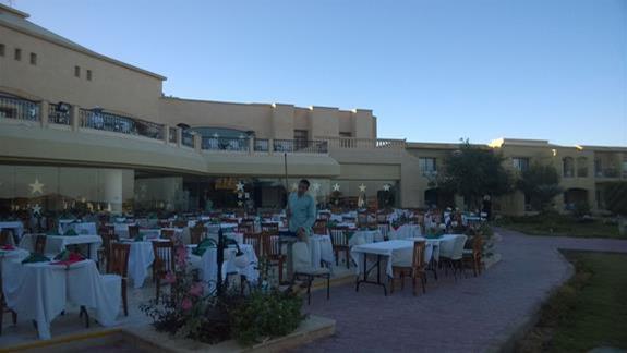 Restauracja w hotelu Three Cornes Fayrouz