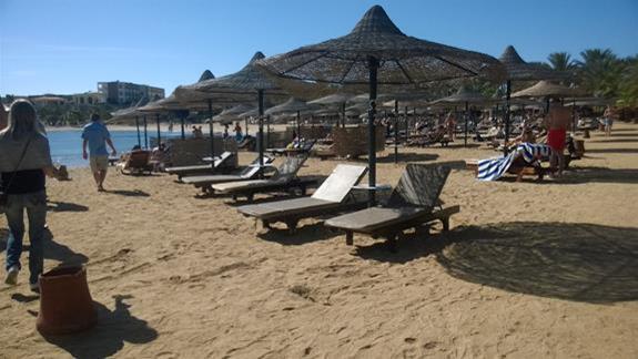 Plaża w hotelu Brayka Bay