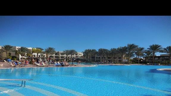 Basen w hotelu Iberotel Lamaya