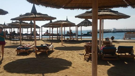 Plaża hotelu Albatros Resort, z której korzystają klienci Albatros Garden