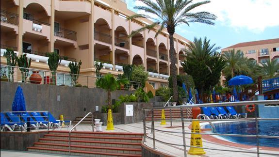 Jeden z budynków w hotelu Dunas Mirador Maspalomas