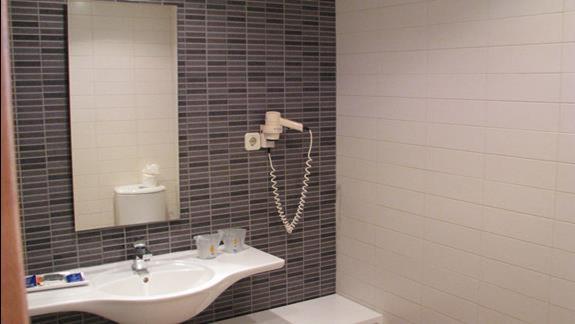 Łazienka w hotelu Taurito Princess