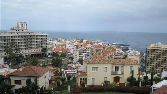 Widok z wyższych kondygnacji hotelu Puerto De La Cruz