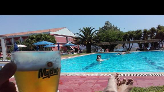 Pełny relaks,bez tłoku na basenie.