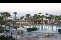 Hotel Otium Golden - Widok z balkonu na basen i miejsce animacji , oraz  morze !