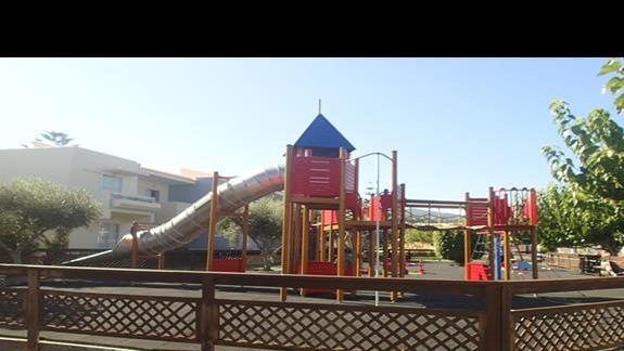 Plac zabaw w hotelu Kipriotis Village
