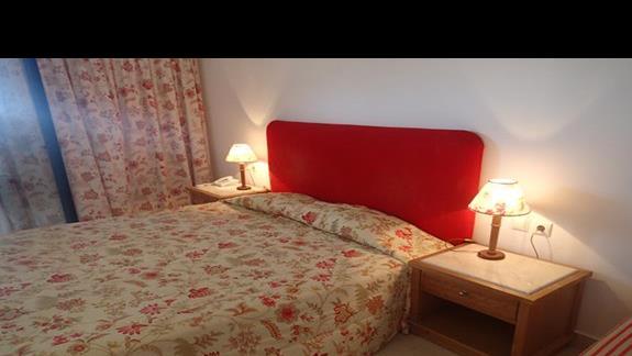 Pokój standardowy w hotelu Mitsis Ramira Beach