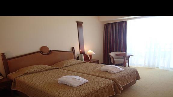Pokój standardowy w hotelu Kipriotis Panorama