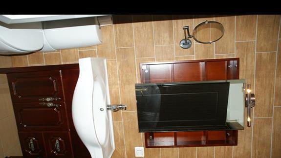 Pokój od strony ulicy - łazienka