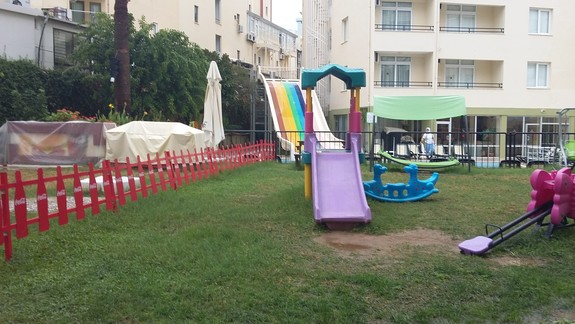 plac zabaw Hotelu Krizantem