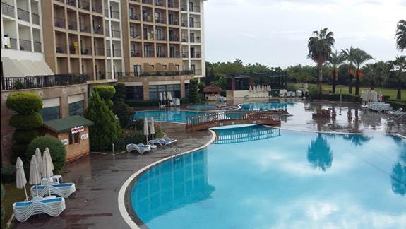 Basen Hotelu Lyra Resort
