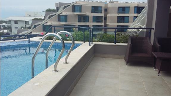 Prywatny basen pokoju royal suit Hotelu Susesi Luxury Resort