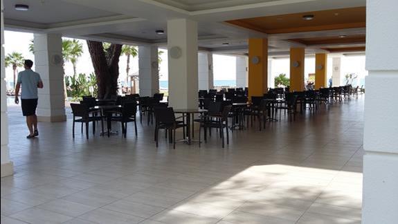 Taras Hotelu Sherwood Club Kemer