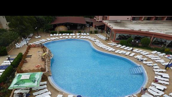 Basen w hotelu Izola Paradise