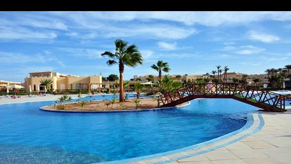 basen w hotelu Cleopatra Luxury Makadi