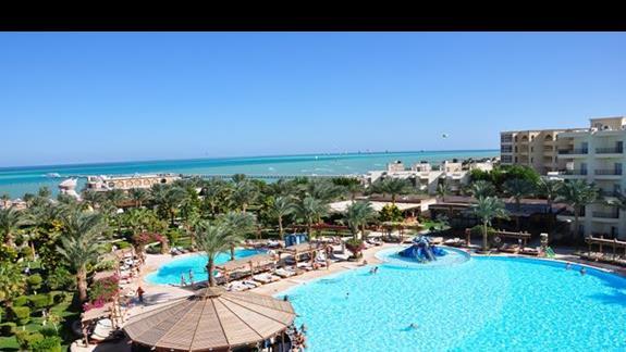 widok z balkonu w hotelu Festival Le Jardin