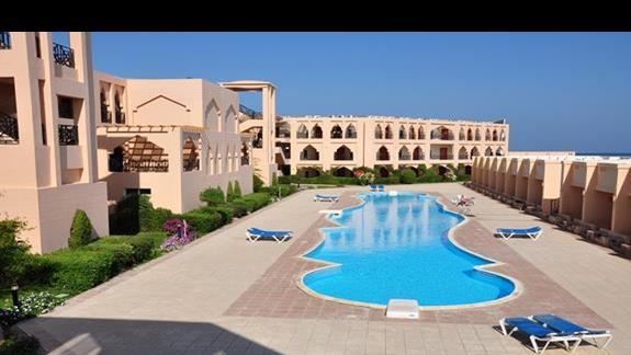 basen w hotelu Jasmine Palace