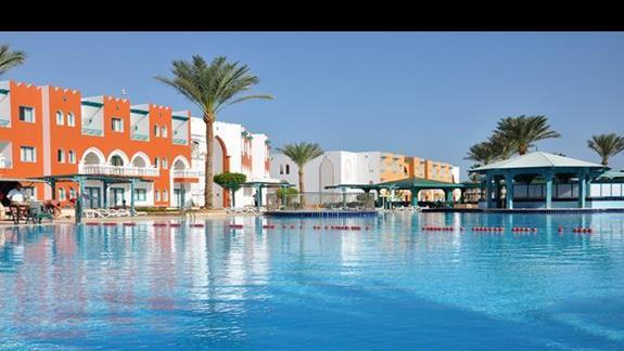 basen w  hotelu Sunrise Select Garden Beach Resort&Spa