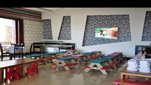 restauracja dla dzieci w hotelu Lillyland Beach Club Resort