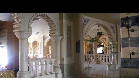 hall w hotelu Sentido Sunrise Mamlouk Palace
