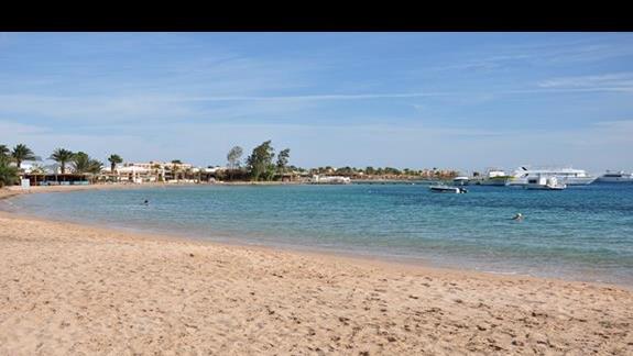 plaża w hotelu Lotus Bay Resort&Spa
