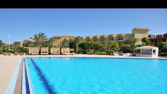 basen w hotelu Three Corners Sunny Beach