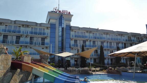 Basen w hotelu Kotva