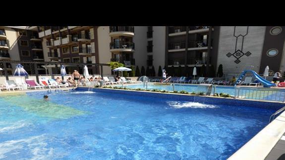 Basen w hotelu Burgas Beach