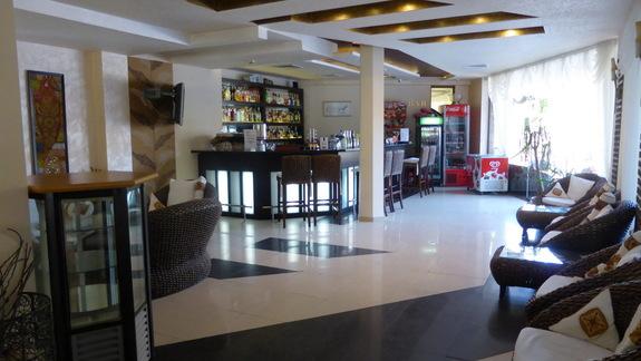 Lobby w hotelu Laguna Beach