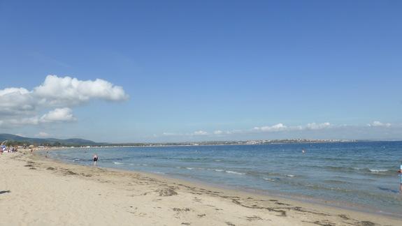 Plaża przy hotelu Laguna Beach
