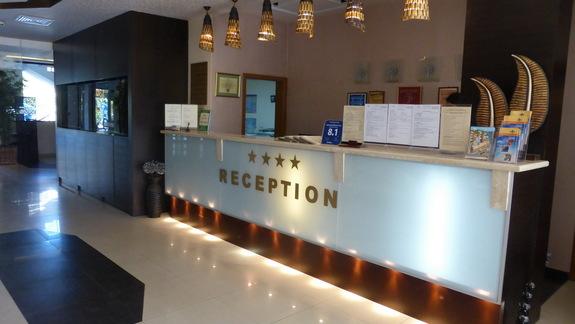 Recepcja w hotelu Laguna Beach