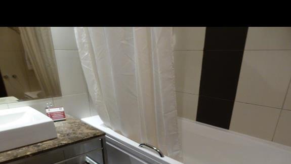 Łazienka w hotelu Astera