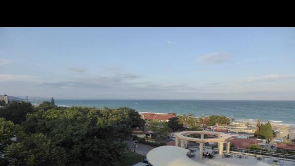 Widok z hotelu Astera