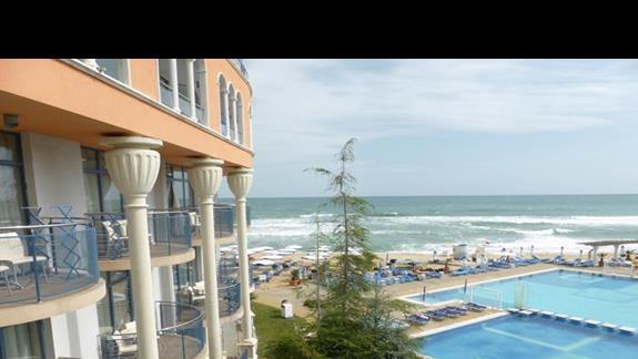 Widok z hotelu Azalia
