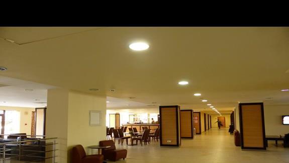 Lobby  w hotelu Sol Nessebar Bay Mare