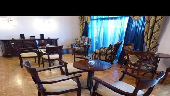 Lobby Level w hotelu Melia Grand Hermitage