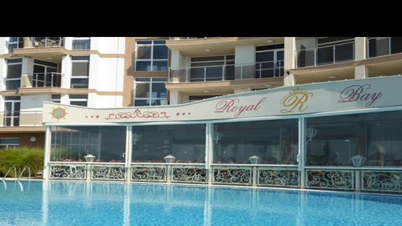 Basen w hotelu Royal Bay