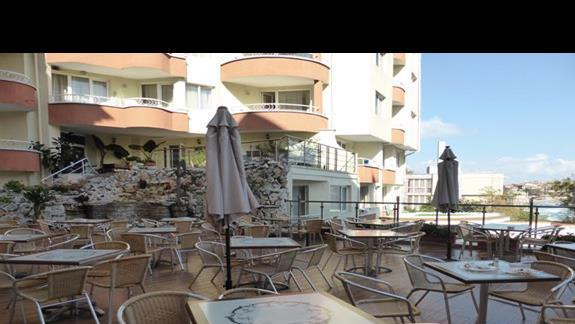 Bar w hotelu Villa List