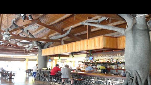 Playa Pesquero - lobby bar
