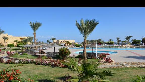 Teren hotelu Elphistone Resort