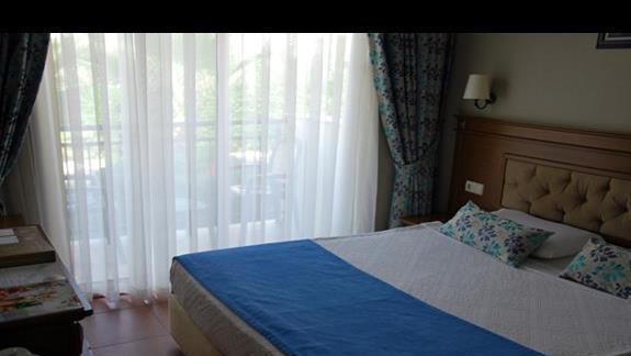 Pokój rodzinny cz.1 w hotelu Lyra Resort