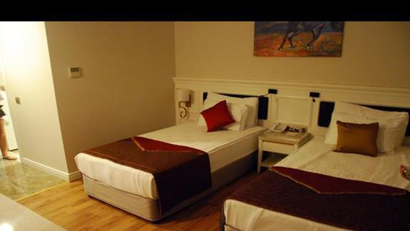 Pokój rodzinny cz. 2 w hotelu Mary Palace