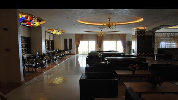 Lobby hotelowe w Royal Taj Mahal